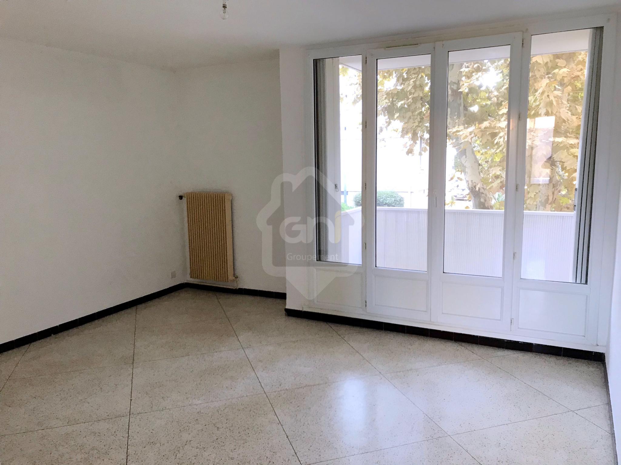 annonce vente appartement vitrolles 13127 58 m 125. Black Bedroom Furniture Sets. Home Design Ideas