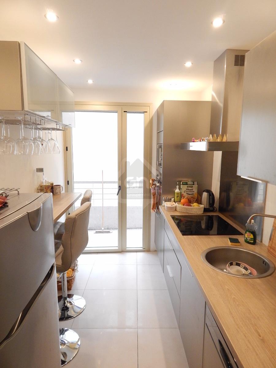 annonce vente appartement le cannet 06110 90 m 299. Black Bedroom Furniture Sets. Home Design Ideas