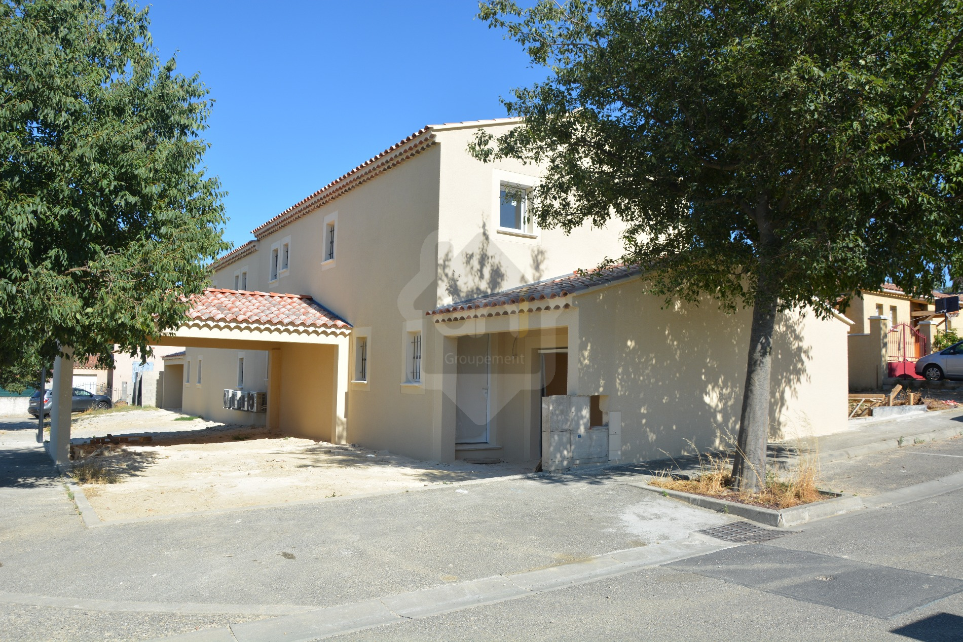 Location maison/villa 5 pièces orange 84100